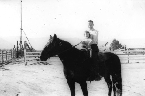 Bonham_Campbell_horse_child-141014-0013_17DEC0261.pdf