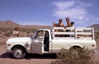 group_in_truck_Sp70_18DEC0095.pdf