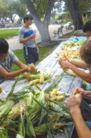 shucking_corn_17DEC0023.pdf